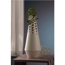 Belleek Living Horsetail Vase 15""